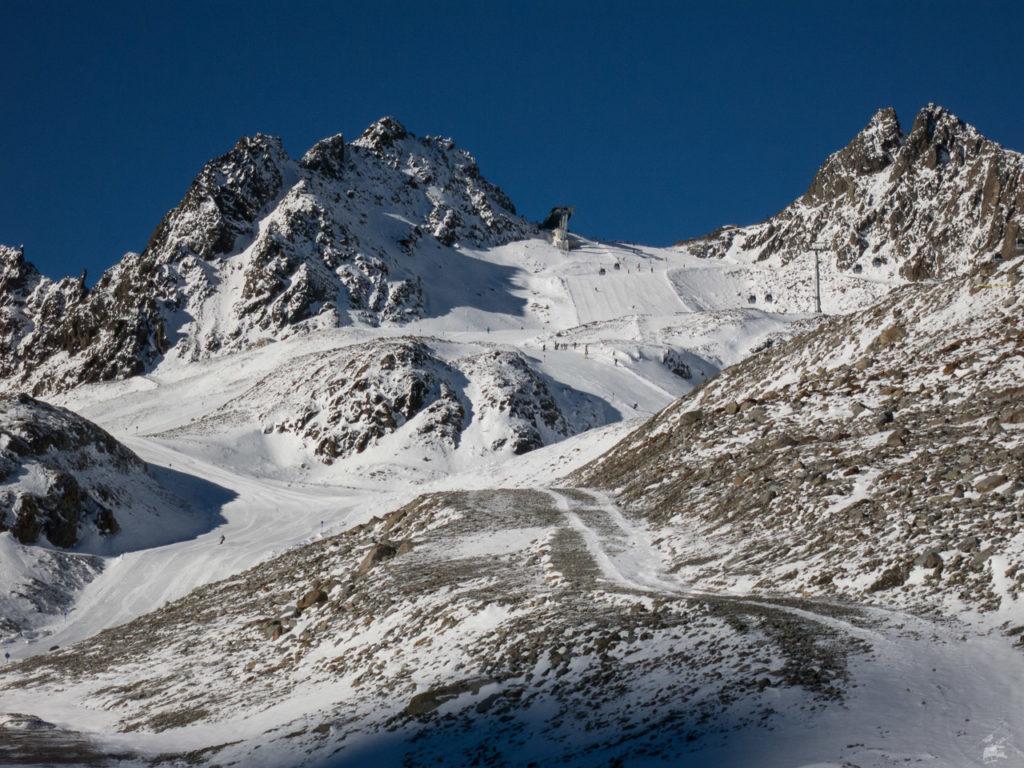 Blick zurück zur Bergstation der EUB. Mit dem alten Schlepper würde hier zugegebener Maßen noch nichts gehen.