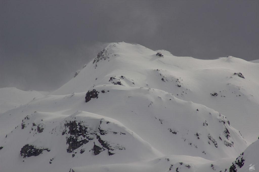 Schneefahnen am Grat Richtung Maurienne.