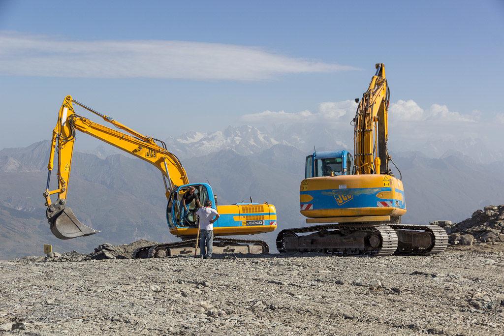 Am Roche de Mio wird gebaut, alte Leitungen werden ersetzt.